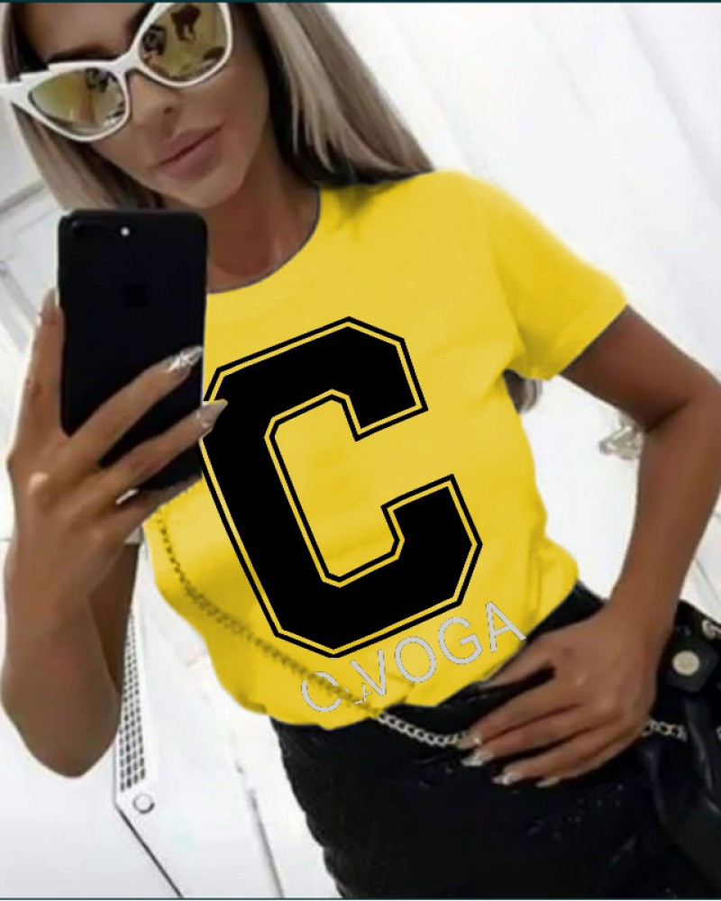 Дамска тениска в жълт цвят с принт C OLA VOGA